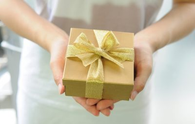 employee recognition gift giving