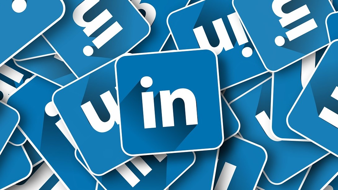 Could Etiquette Improve Your LinkedIn Success?